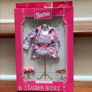 Barbie Fashion Avenue Lingerie